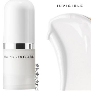 4/$25 - Marc Jacobs Under(cover) Coconut Primer